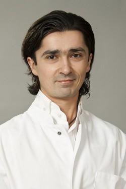 Агаханян Ашот Романович