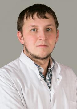 Росляков Игорь Анатольевич