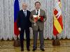 Два известных челябинских доктора стали заслуженными врачами России