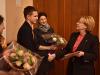Вероника Скворцова вручила награду московскому школьнику
