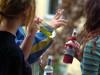 Как семья может защитить подростка от увлечения сигаретами, алкоголем или наркотиками