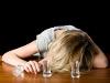 Причина каждого седьмого развода - женский алкоголизм